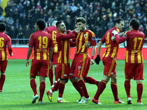 Kayserispor ile 1 yl daha!