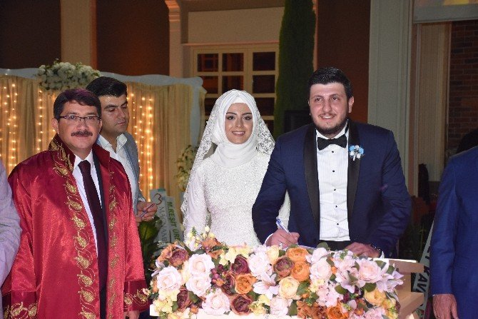 On şahitli nikah